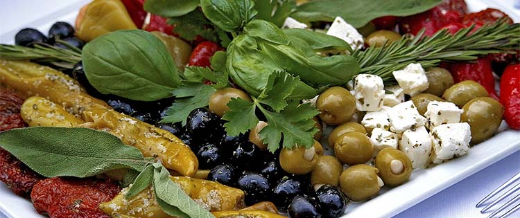 mediterranean diet for Alzheimer's prevention- Treatment for Alzheimer's
