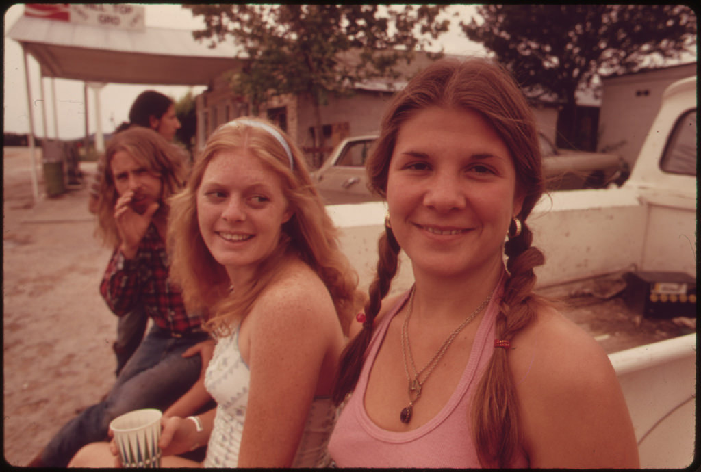 Vintage Photos Of Teens Smoking Marijuana In Texas In The 70 S